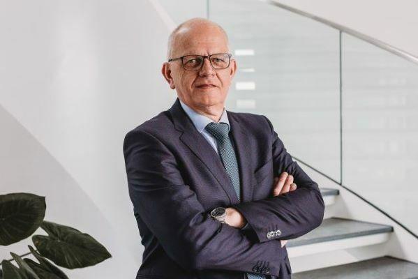 Arnold Flothmann