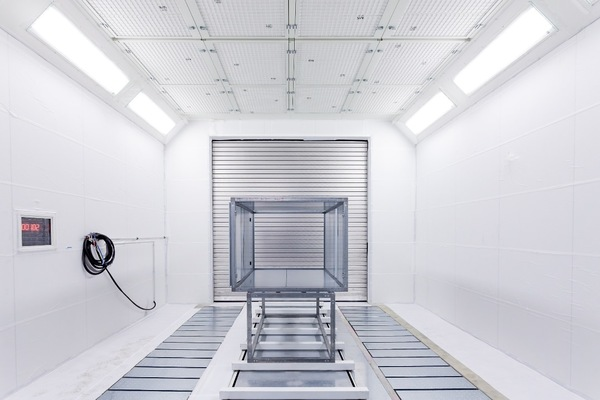 Paint spraying booths with working hour counters and floor extraction system