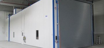 Refrigerant drying booth